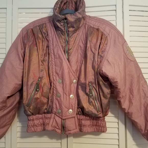 5d97023ce2 Obermeyer Vintage Women s Mauve Violet Ski Coat.  M 5ba393272e14789cee4563b5. Other Jackets   Coats ...